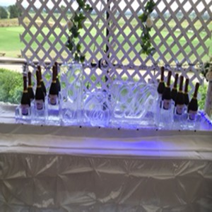Initials-with-Champagne-bottle-holders-large
